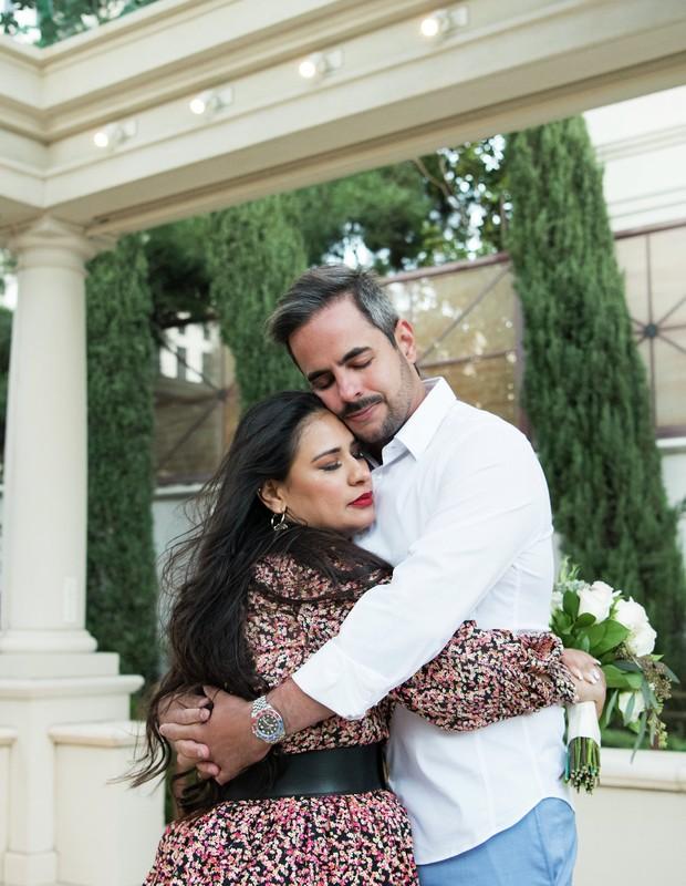 """""""Sim, eu aceito me casar novamente"""", Simone se casa em Las Vegas com presença do filho"""