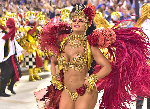Fantasia deixa Viviane Araújo toda arranhada após desfile no Salgueiro
