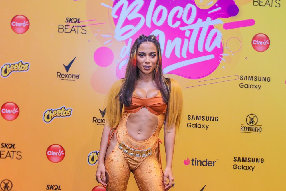 Anitta comenta a reação de fãs após  campanha no BBB