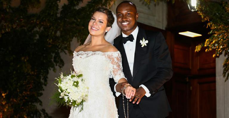 Fernanda Souza e Thiaguinho durante seu casamento em SP