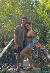 Vivian e leo em passeio em Manaus