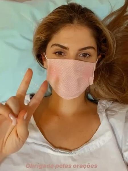 Bárbara Evans passa por cirurgia de emergência