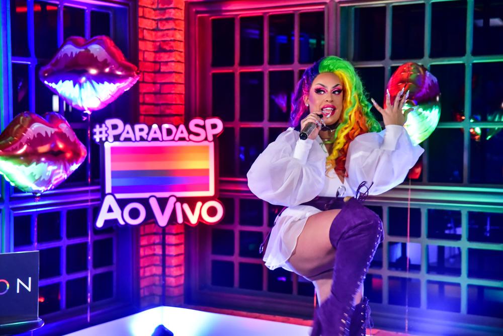 Gloria Groove durante live - Foto Leo Franco/ Agnews