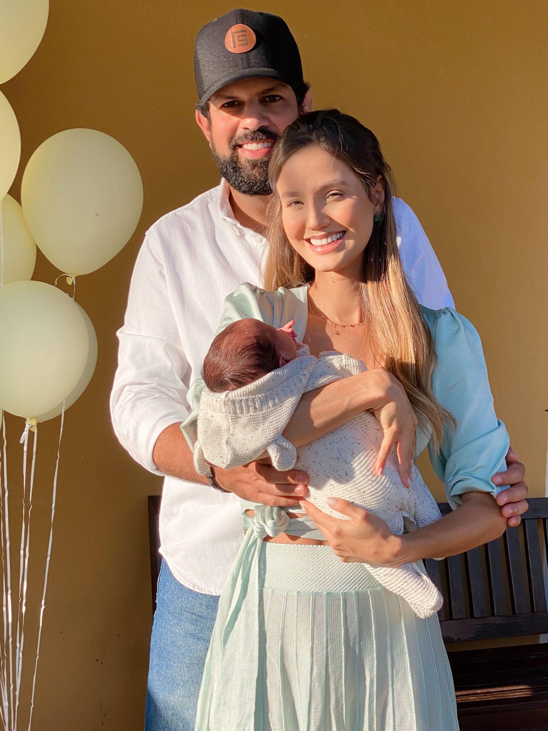Sorocaba e Biah Rodrigues comemoram 1 mês do filho com festa 'vip'