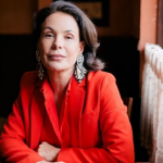 Após processo contra Globo, Carolina Ferraz conta como foi recebida na Record