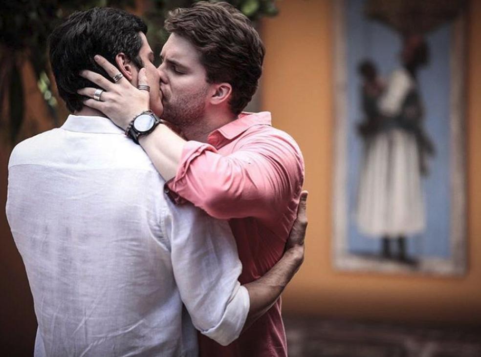 Lembre personagens LGBT das novelas