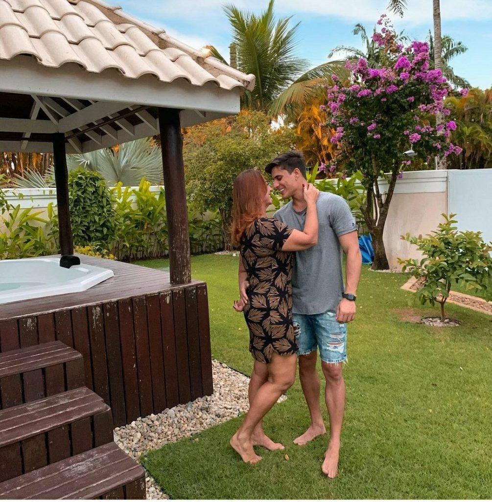 Assessoria nega barraco entre mãe de Neymar e namorado