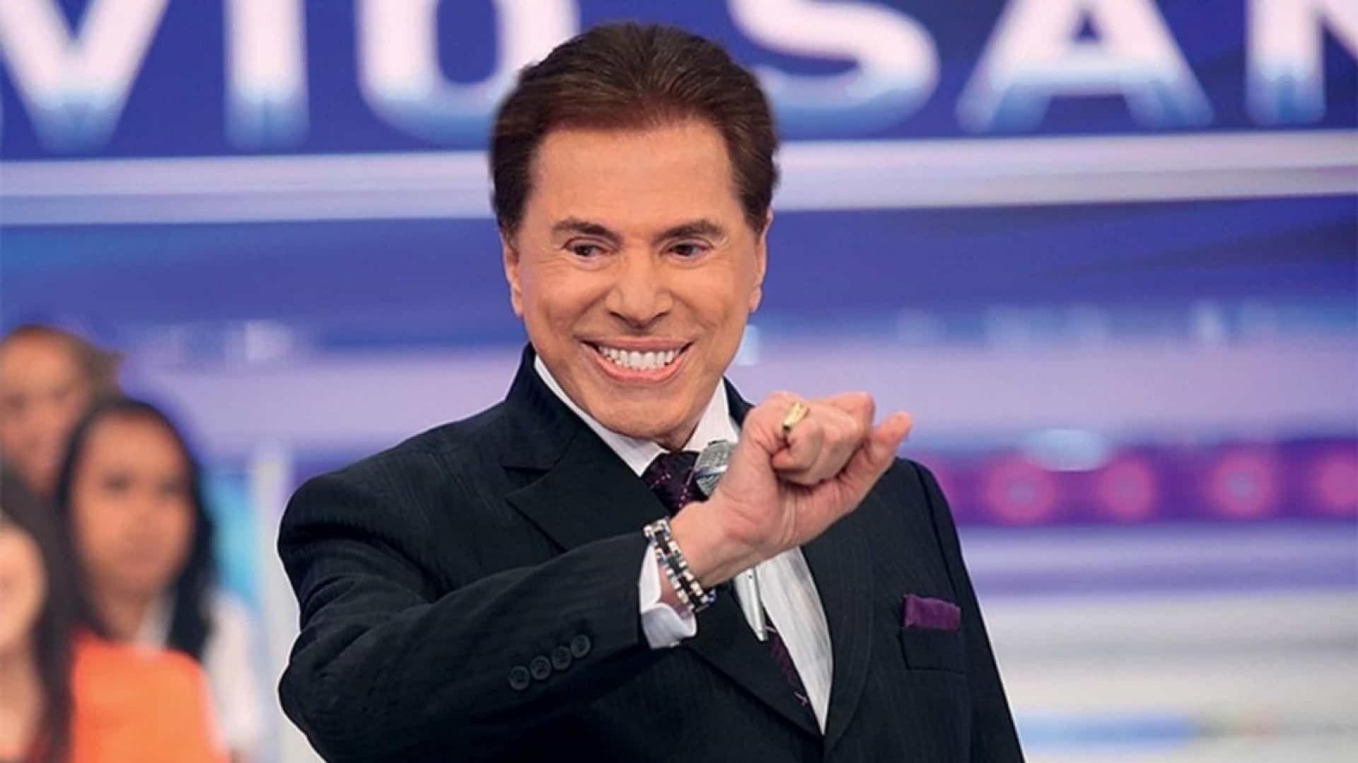"""Silvio Santos volta atrás e Lívia Andrade dispara """"Vou comprar um nariz vermelho"""""""