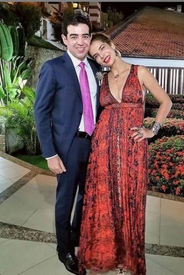 Após adiar casamento, Vanessa da Mata termina noivado