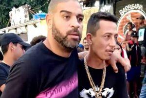 Adriano Imperador curtiu baile no Rio