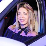 Sheila Mello curte show 'Drive-in' de Nando Reis