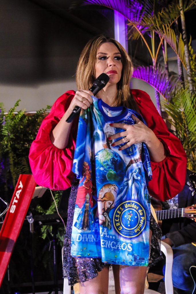Simony é apresentada como Rainha de bateria da Unidos do Peruche - Foto: Thiago Duran / Agnews