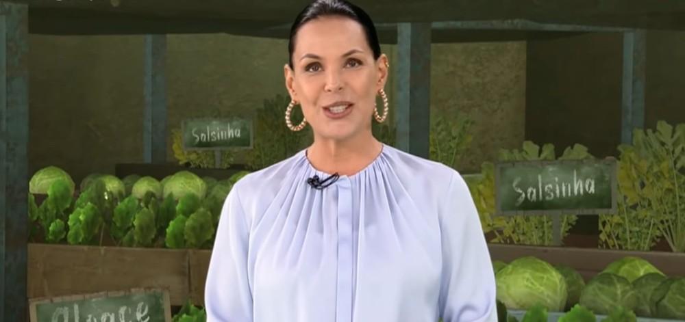 Carolina Ferraz não tem privilégios na Record TV.