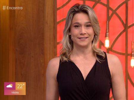 Fernanda Gentil faz estreia descontraída no Encontro