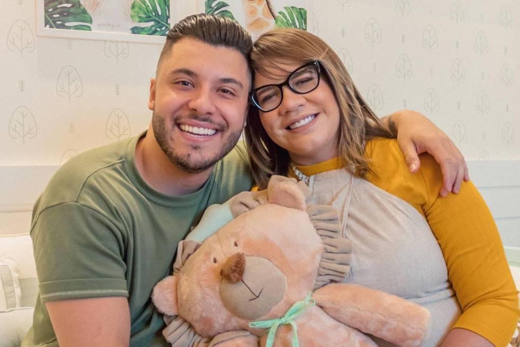 Marília Mendonça confirma término