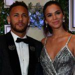 """Fãs relembram namoro de Neymar com Bruna Marquezine """"Ainda shippamos Brumar"""""""