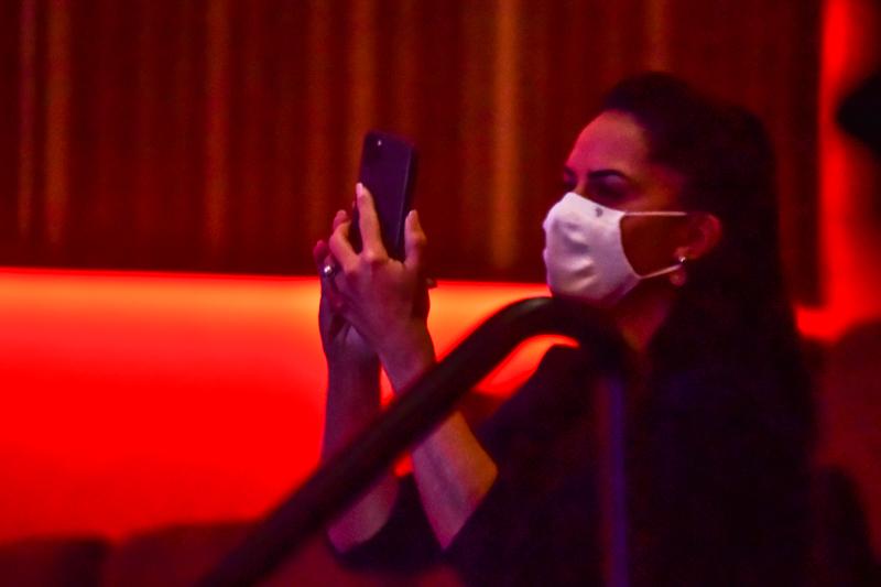 Graciele Lacerda nos bastidores - foto: Leo Franco / Agnews