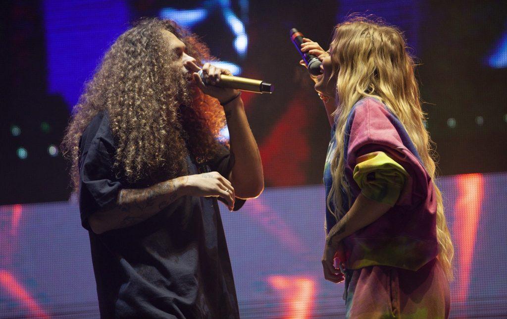 Luisa e Vitão em show