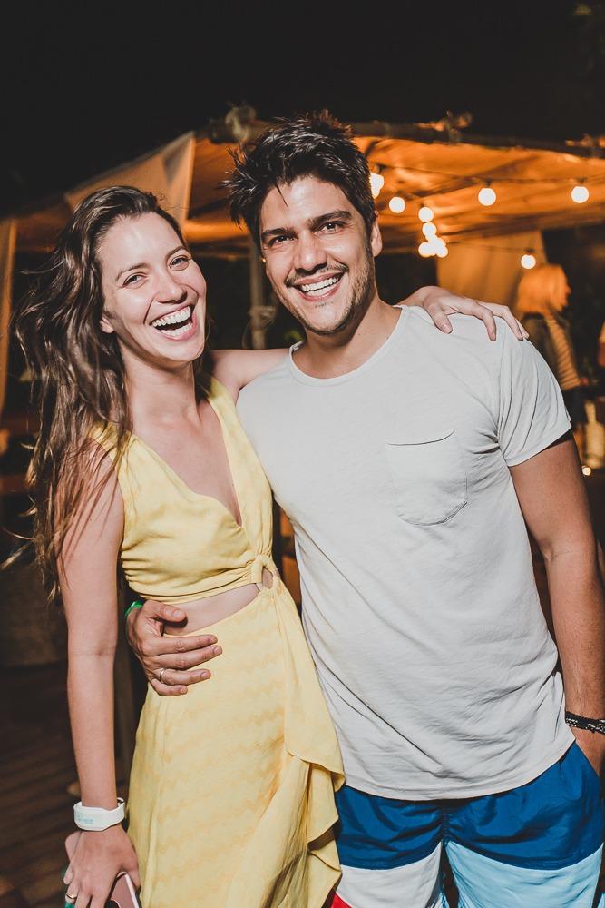 Nathalia e Pedro durante o reveillon em Noronha