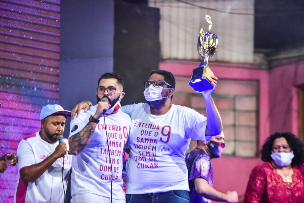 Adnet ganha mais um samba no carnaval de São Paulo: Tricampeão
