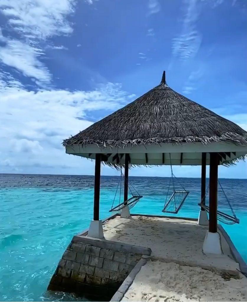 Irmã de Ellen Rocche fica presa nas Maldivas devido a pandemia