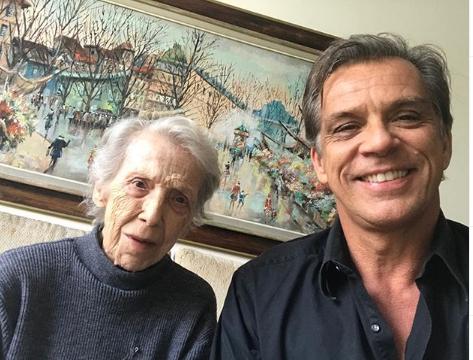 Beto Simas com sua mãe