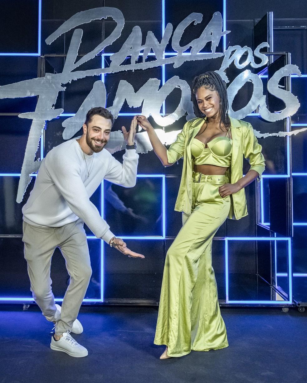 Faustão revela desfalque e quem serão as duplas do Dança dos Famosos 2020