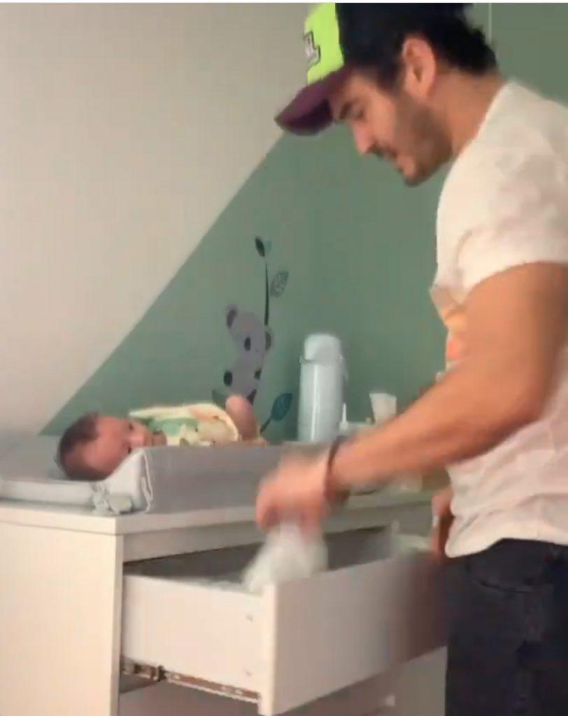 Bruno Gagliasso oferece ajuda a Marcos Veras com bebê
