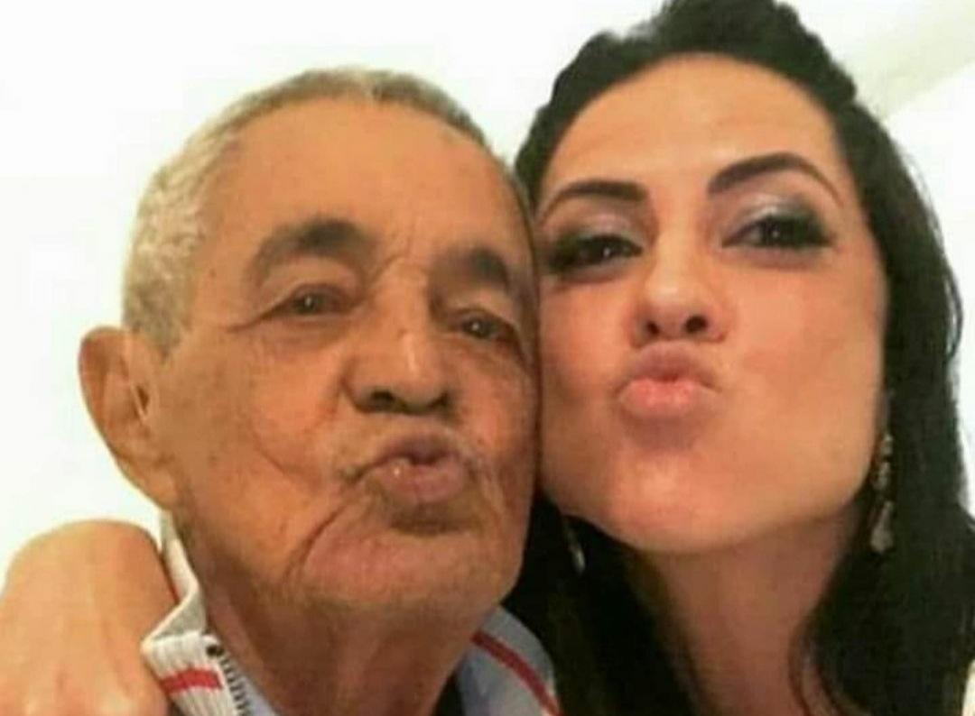 """Graciele Lacerda volta à web após o luto do sogro: """"Cuidando do Mô"""""""