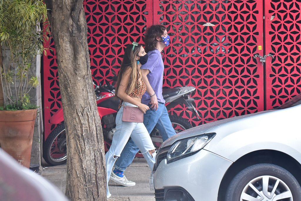 Lucas Jagger é flagrado com Marcela Montellato, ícone do TikTok
