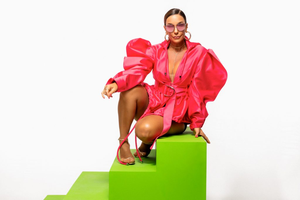 Voz das filhas de Ivete Sangalo aparece em clipe da cantora