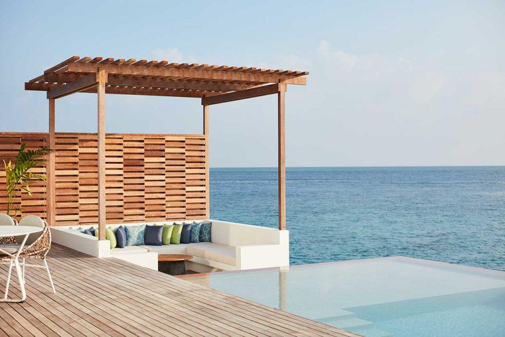 Juliana Paes se hospeda em hotel com diárias de R$50 mil nas Maldivas