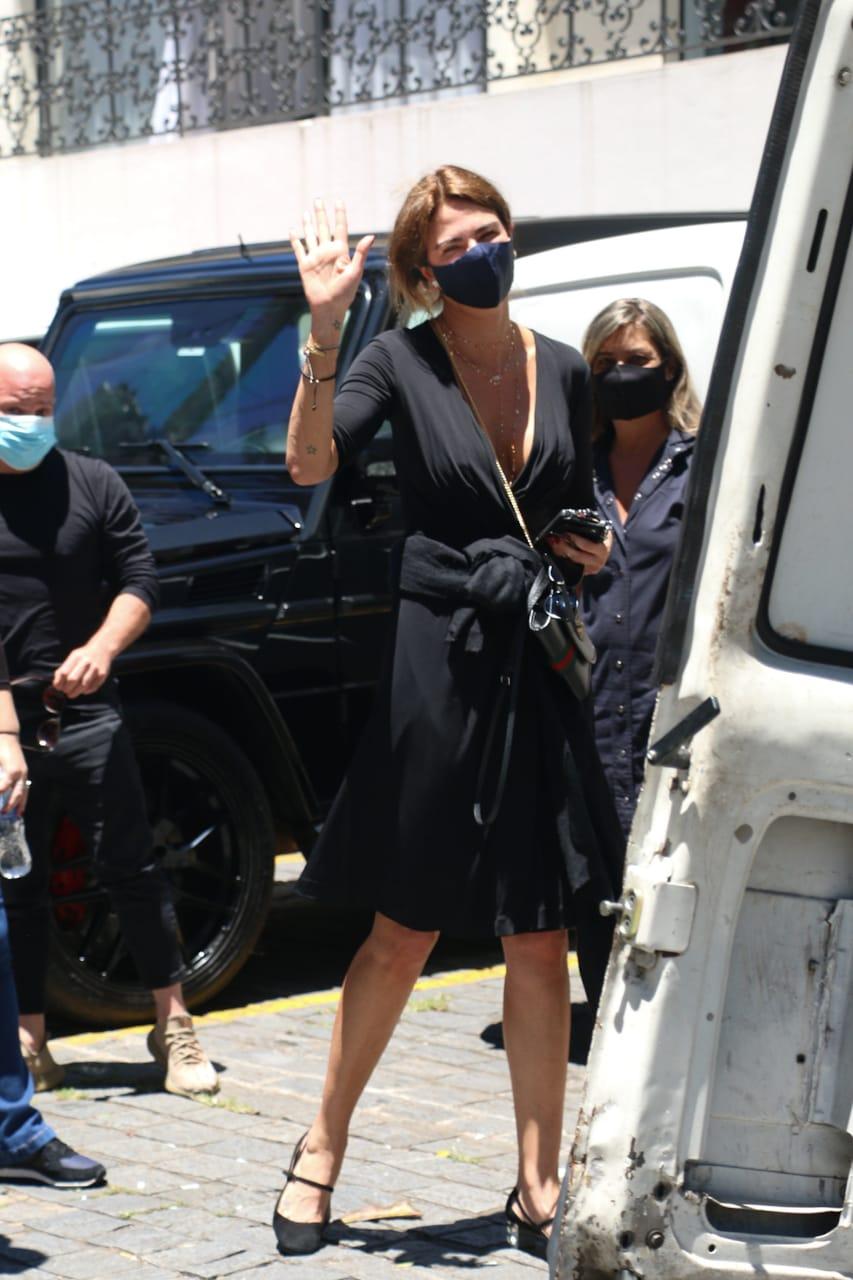 Luciana Gimenez vai ao velório do pai, João Alberto Morad