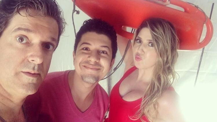 Dani Calabresa ao lado de Antônio Fragoso. e Paulo Mathias Jr.