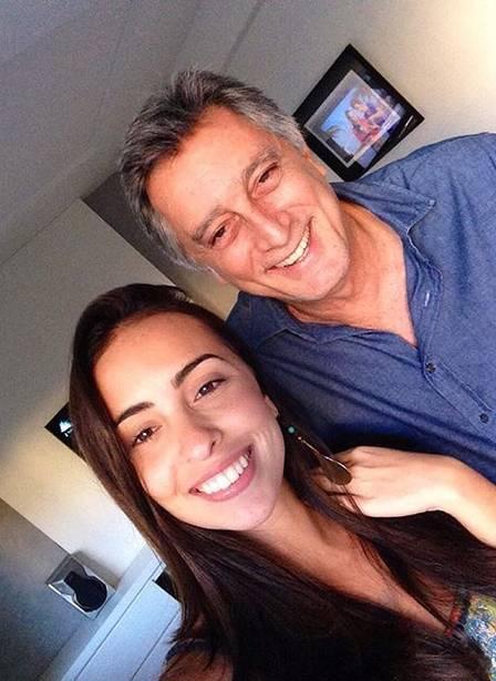 Filha de Eduardo Galvão agradece apoio após pai ser intubado com Covid
