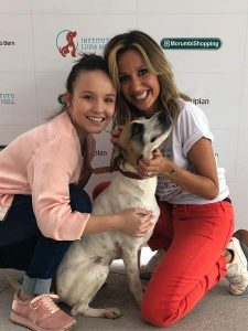 """Luisa Mell critica Larissa Manoela por doar cachorrinha adotada """"Coração aos pedaços"""""""