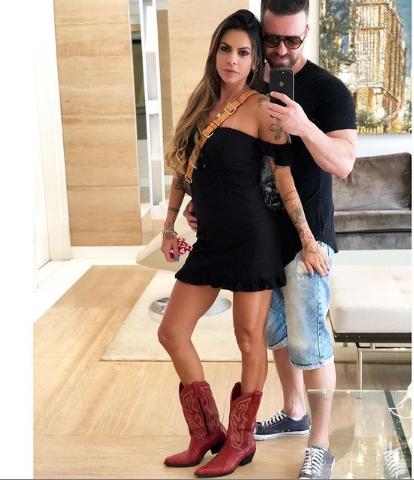 Cantor Marlon e nova namorada estão grávidos
