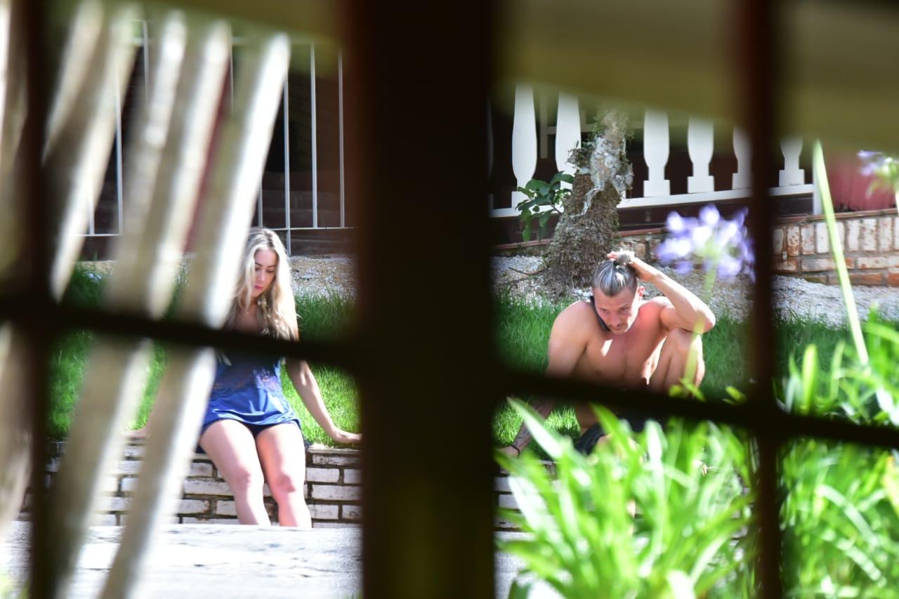 Paparazzo flagra ex-peões confinados em hotel de São Paulo