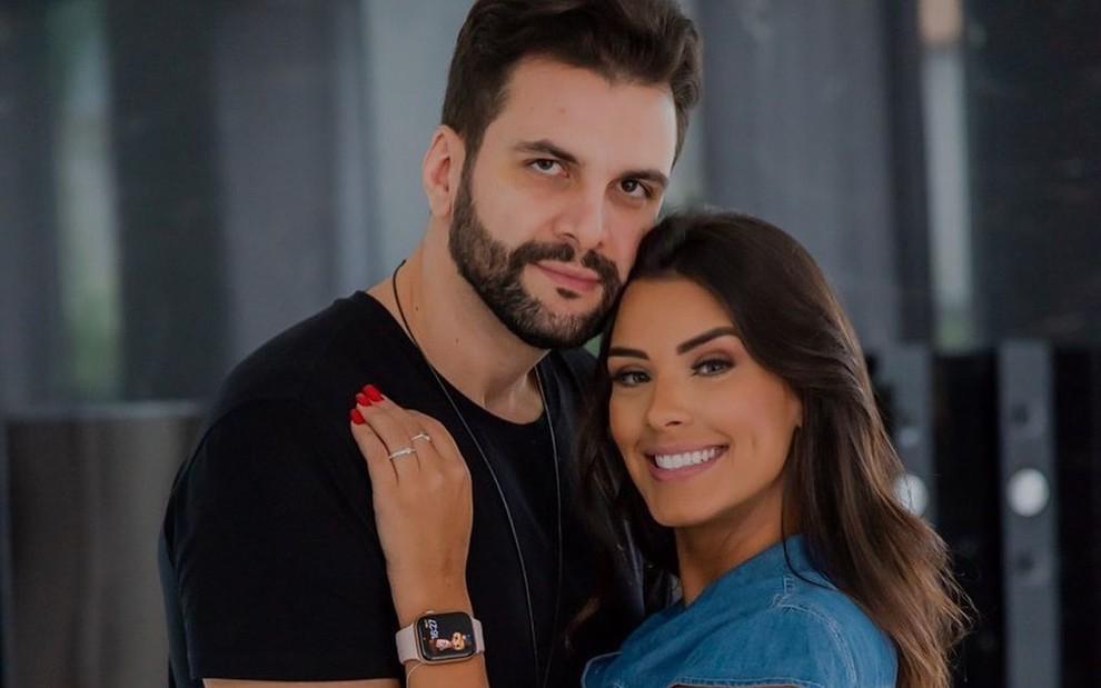 Ex BBB Ivy Moraes e Rogerio Fernandes se separam