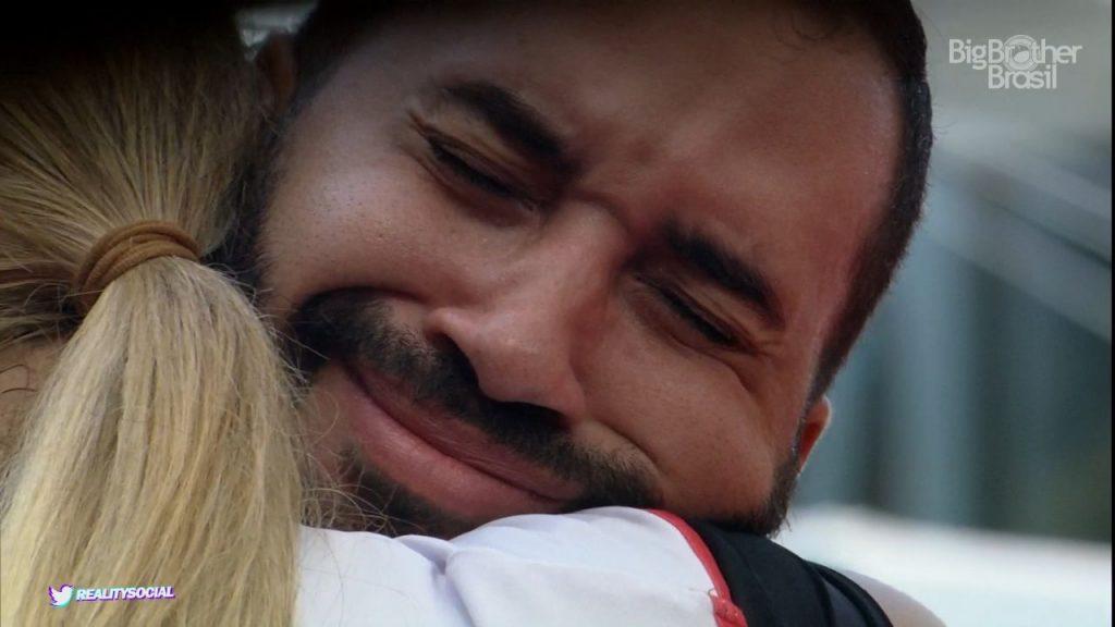 Gilberto caiu no choro