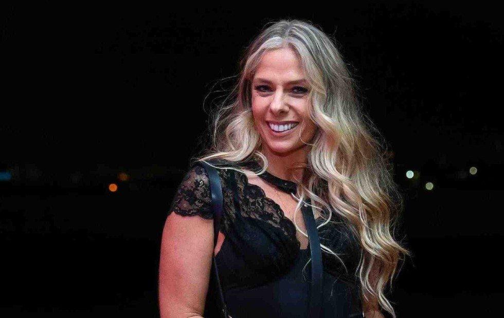 Adriane Galisteu é confirmada como apresentadora de reality da Record
