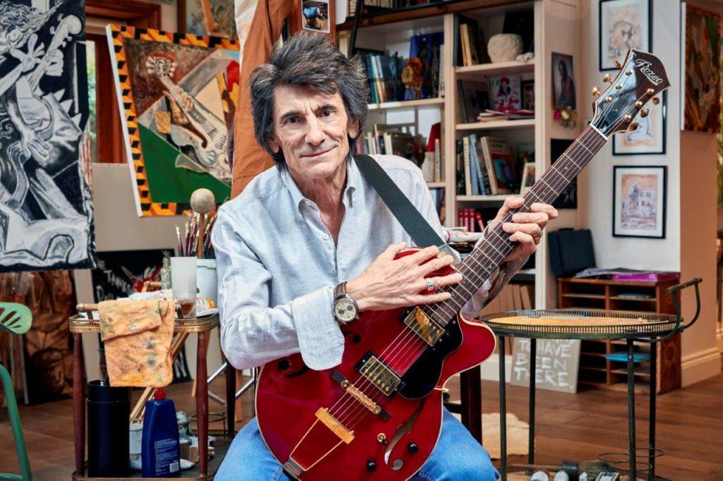 Ronnie Wood, dos Rolling Stones, revela luta contra câncer