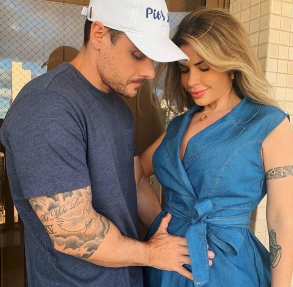 Cacau Colucci anuncia gravidez uma semana após casamento