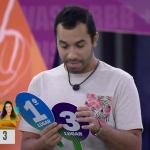 Gilberto ignora Juliette após chorar no Jogo da Discórdia