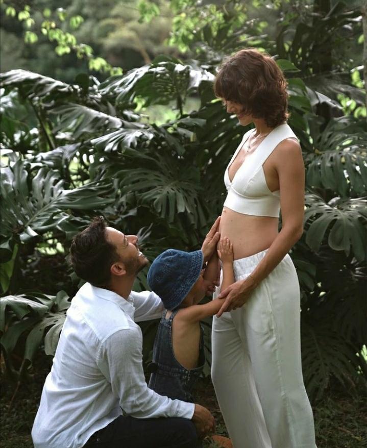 Junior Lima e Monica Benini esperam segundo filho