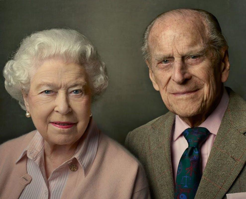 Médium faz previsões sobre vida da Rainha Elizabeth II, após a morte de Príncipe Philip