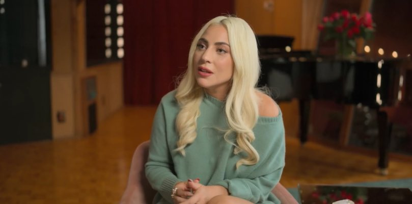 Lady Gaga revela que ficou grávida após estupro