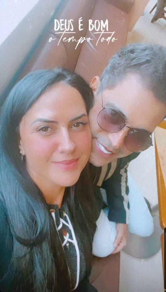 Zezé Di Camargo recebe alta após procedimento no coração
