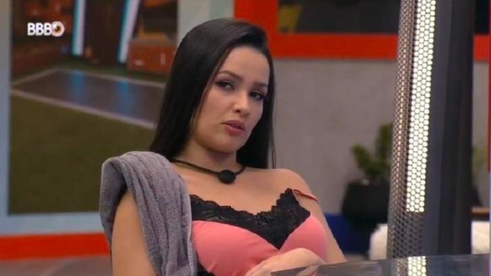Juliette admite medo do paredão com Gil e Camilla