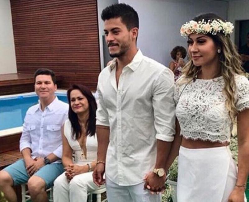 Mayra Cardi coloca cobertura no Rio à venda por R$ 16 milhões. Veja fotos!